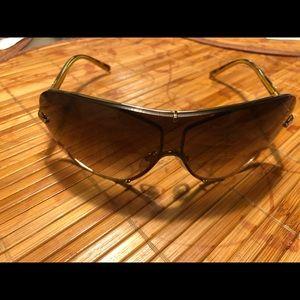 Burberry sunglasses B3052